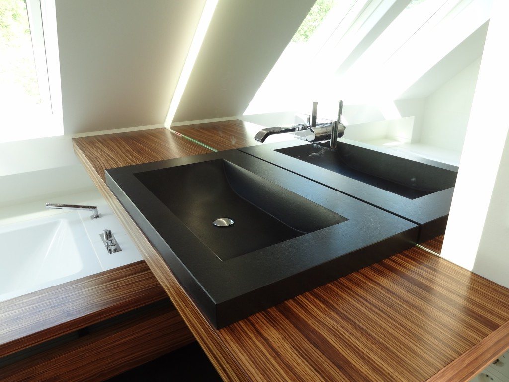 Waschbecken massiv ausgefräst