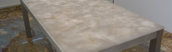 Tischplatte rückseitig hinterleuchtet
